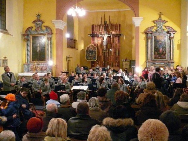 Adventní koncert Veltruby