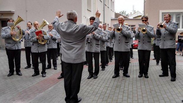 Kmochův Kolín koncert pro seniory