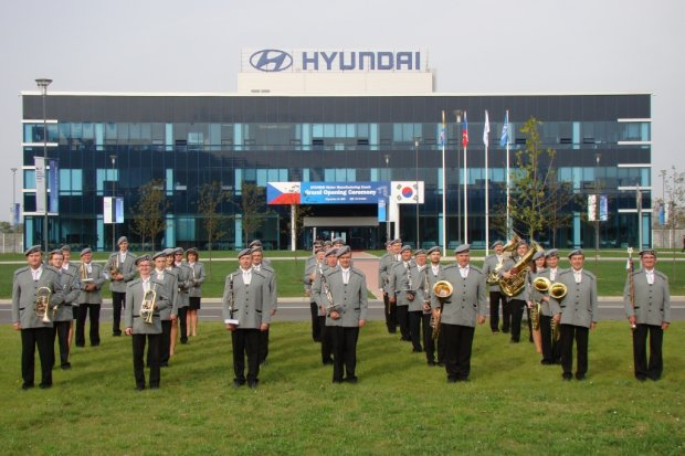 Slavnostní otevření automobilky Hyundai