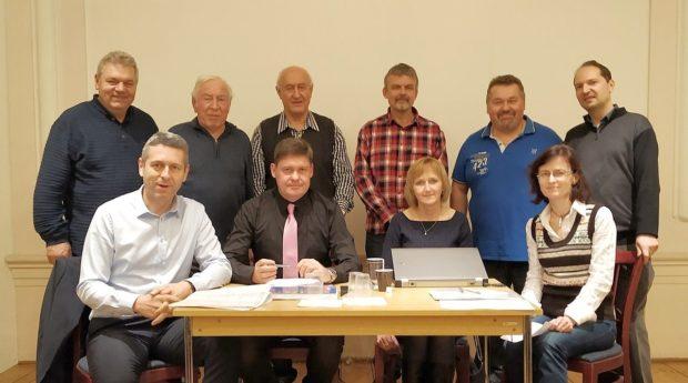 Výbor a revizní rada